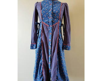 70's Vintage 2 different flower print prairie dress.