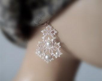 Tatting earrings Pattern Lora  Frivolite tutorial  Earrings  pearl beige lace frivolite beadweaving  instruction  frivolite jewerly