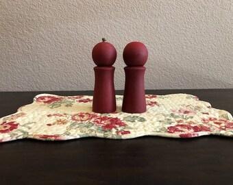 Vintage Shaker Set | Shabby Shaker Set | Salt & Pepper Shaker | Farmhouse Shaker Set | Cottage Shaker Set | Rustic Shaker Set | Grinder Set