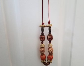 Large wood bead necklace