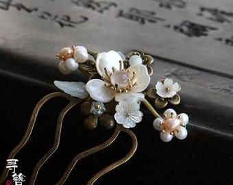 Chinese hair comb/flower hair stick/hair pin,Plum blossom hair flower white hair accessories,gift for women,gift for her