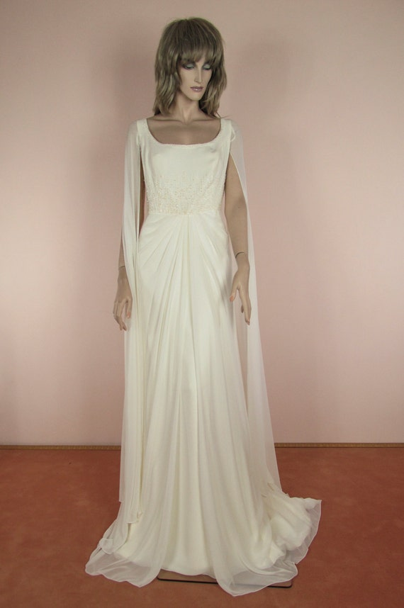 90\'s Vintage Wedding Dress Vintage Empire style