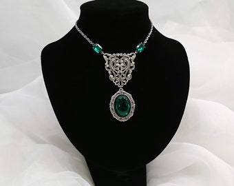 Elegant Gothic Necklace Silver Plated Filigree Emerald Green Glass Stone Vintage Czech Glass Connectors