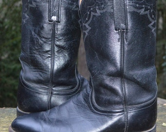 """Size Women 10, Men 8.5  - Handcrafted Classic """"Lucchese 2000"""" Roper, Black"""