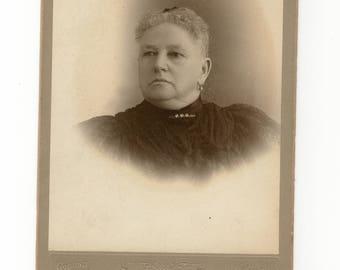 Mourning, antique cabinet card photo