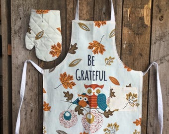 Child's Apron and Oven Mitt - check measurements size: 1-3 - Be Grateful, owls