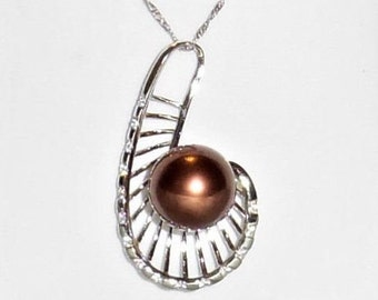 Chocolate Tahitian Pearl 12mm Cultured Pearl, SOLID 14kt White gold Fancy Leaf Chain and Pendant