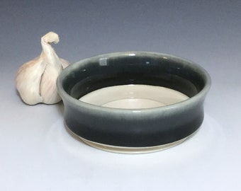 Black and Gray Garlic Grater, Porcelain Oil Dipping Bowl, Ceramic Garlic Bowl, Ombré Garlic Bowl, Ceramic Garlic Dish, Wheel Thrown Pottery