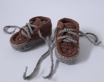 Baby sneakers, crochet converse, newborn slippers,booties,baby shoes,child slippers,infant foot wear,toddler slippers,boot,infant shoes