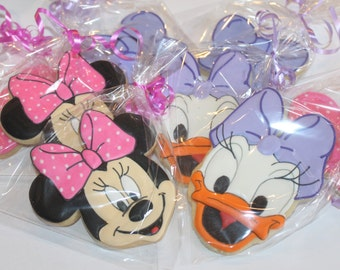 Minnie and daisy cookies (12 cookies)