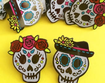 Day of the Dead Sugar Skull Enamel Pin - Glow in the dark, Hard Enamel, Spooky Brooch, Lapel Pin, Flair, Goth Pin, Horror Pin, Collar clips