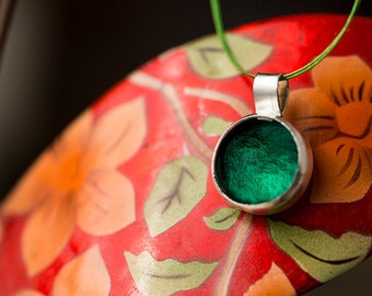 moss green pendant , emerald green pendant , may birthstone pendant , smaragd pendant , deep green , cabochon , glass pendant , pastille