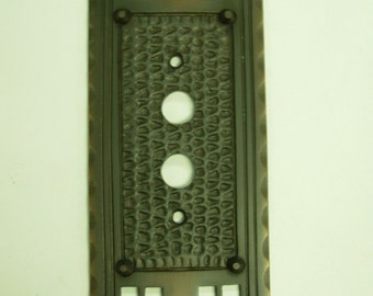 Mission Arts & Crafts Single Push Button Switch Plate
