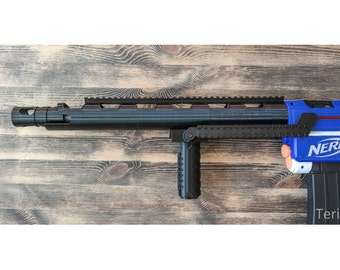 Nerf Blaster Deadshot's Custom AR-15 guard/barrel extension.