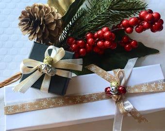 Gift wrap option, gift wrap add-on, gift box, gift wrapping, note card, gift card, gift option