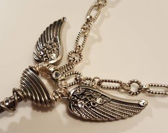 Angel wings skeleton key necklace (authentic vintage skeleton key)