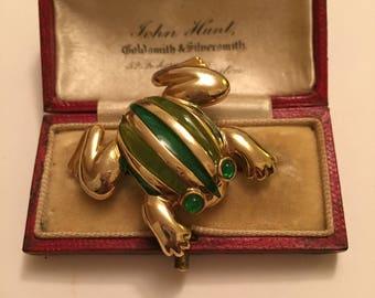 Vintage Frog Costume brooch, Divine Item