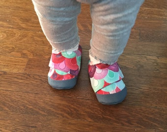 Baby Girl Shoes, Soft Sole Baby Shoes, Baby Shoes, Baby Booties, Infant Slippers, Fabric Baby Shoes, Colored Baby Shoes, Crib Shoes,  6-12M
