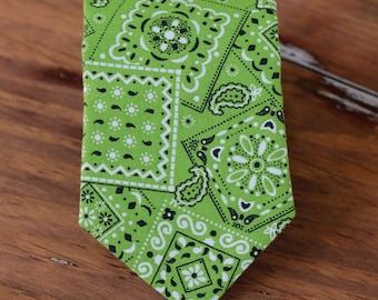 Mens Green Bandana Print Necktie - Men's bandanna inspired green cotton neck tie - tie for men and teen boy - rustic wedding tie - urban tie