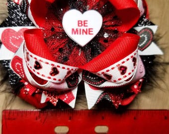 4.5 inch boutique style Valentine's day fewther bow