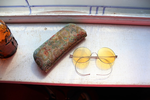 Vintage Steampunk Willson Sunglasses Round Lenses Amber Tint with Case