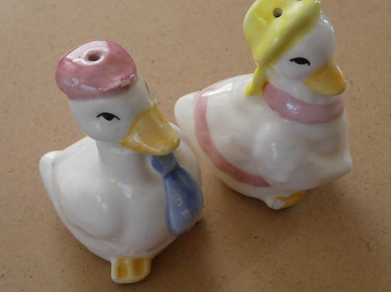 Sale-25% off-Easter ducks-standing position Ceramic