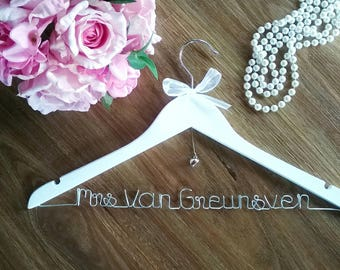 wedding hanger, bridal hanger, coat hanger, personalised hangers, bride hangers, name hanger, wedding dress hanger, wedding gift, bride gift