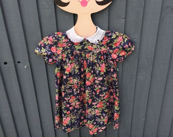 1980s vintage Laura Ashley floral girls dress 3 - 4 years peter pan lace collar