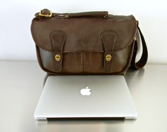 Vintage Coach Mocha Leather NYC Musette, Refurbished Iconic Chocolate Brown New York City Briefcase, Unisex Mahogany Laptop Bag