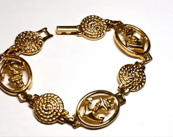 Gold Tone Swirled and Anchor Link Vintage Bracelet