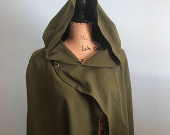 Mid length Rogue cloak, hooded cloak, lord of the rings cloak, green cloak, medieval cloak, renaissance cape, ranger cloak