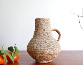 Straw decorative pitcher, 1950s / boho chic, bohemian, folk, rustic, cottage, country, cottage, farm, france, shabby chic, décor kitchen