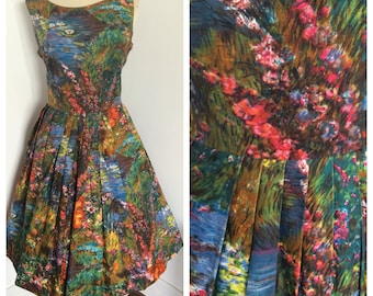 1950s bright floral polished cotton full skirt day dress. Sz S-L