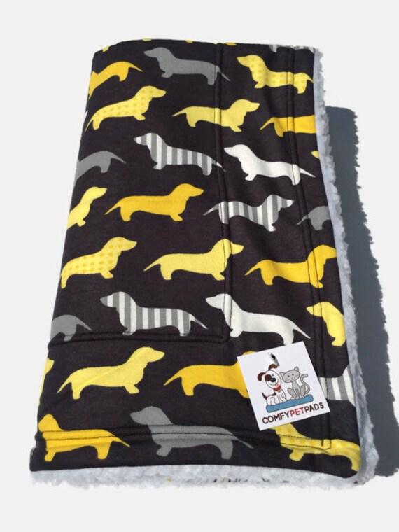 Doxie Dachshund Blanket, Weenie Dog Bedding, Dachshund Gifts, Dog Crate Bed, Pet Blanket, Stroller Blanket, Toddler Nap Blanket, Dog Bed