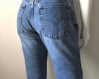 Vintage Women's 80's Levi's Dry Goods, Mid Rise, Jeans, Light Blue Wash, Denim (L)