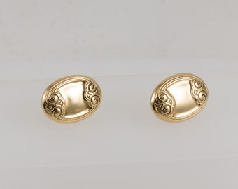 Gold Clip Earrings Oval Shaped, Vintage, Classic Simplicity, Day Wear, Lightweight, Art Nouveau, Monogram style