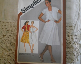 Simplicity Pattern # 9909 Pullover Sundress and Unlined Bolero Jacket Adjustable for Miss Petite Sizes 6 to 14 Sewing Supplies