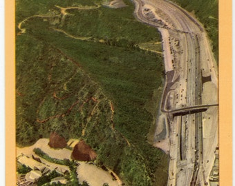 Vintage Post Card.  of the Cahuenga Pass Parkway.  I don't know the date but it has to be early 40 to 50's's - 67a