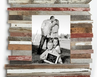 16x20 Rustic Picture Frame. Unique Frames. Reclaimed Wood. Photo Frame. Wedding Frame Wood Picture Frame Shabby Chic Frame. Distressed Frame