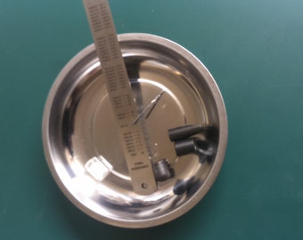 Magnetic parts tray hobby craft watchmaking jewlery ,stainless steel 150mm handy for all bits and bobs.