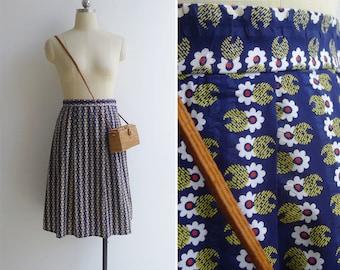 Vintage 70's Marimekko-esque Daisy Floral Print Cotton Skirt S