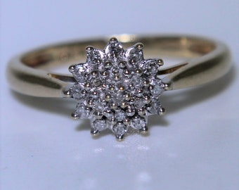 Lovely 0.10ct Diamond Tiered Cluster 9ct Yellow Gold ring size M  ~ 6 1/4