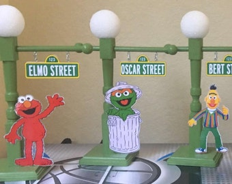 Sesame Street Sign with Lamp Post, Sesame Street Party, Sesame Street Centerpiece, Sesame Street Party Props