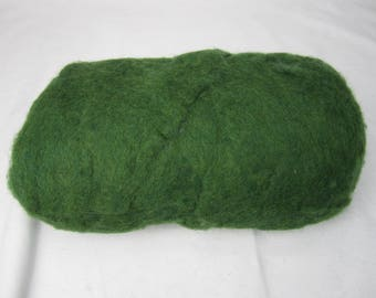 1 LB Carded Carbonized Core Wool Green - needle felting – spinning - wet felting - stuffing
