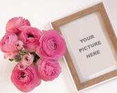 Ranunculus with frame  - ...