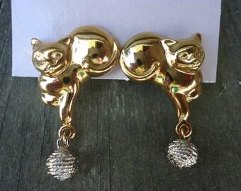 Avon Cat Earrings