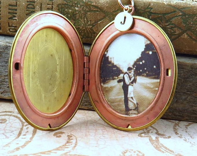 Featured listing image: Large Vintage Gold Brass Locket Necklace