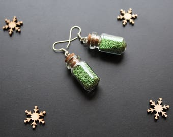 Glass flask, sandblasted green earring