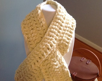 "Scarf ""Winter Cotton Keyhole"" -  shown in soft cream chenille"