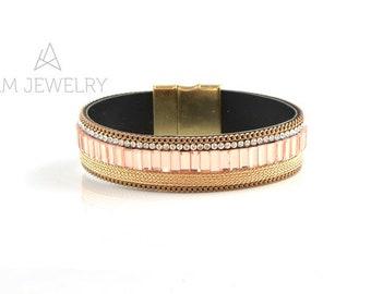 Pink color Bracelet, Bracelet with magnetic clasp, Boho jewelry, Boho Bracelet, Beaded boho Bracelet, KMN06